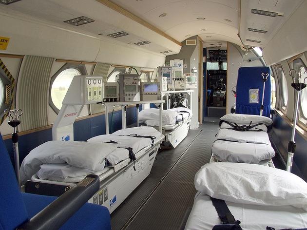 Fotos C 243 Mo Es El Avi 243 N Que Transportar 225 A Enfermos De