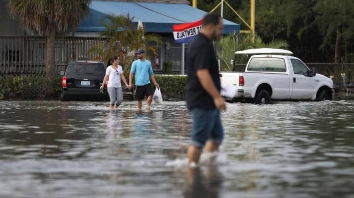 Marea Real inunda costas de Miami por la súper Luna